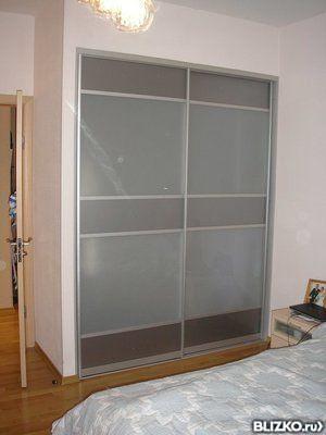 Встроенный шкаф-купе 2-х дверный, матовое стекло в казани - .